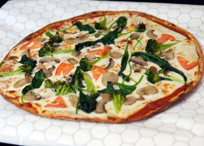 vegetable pizza fuel grill & juice  bar