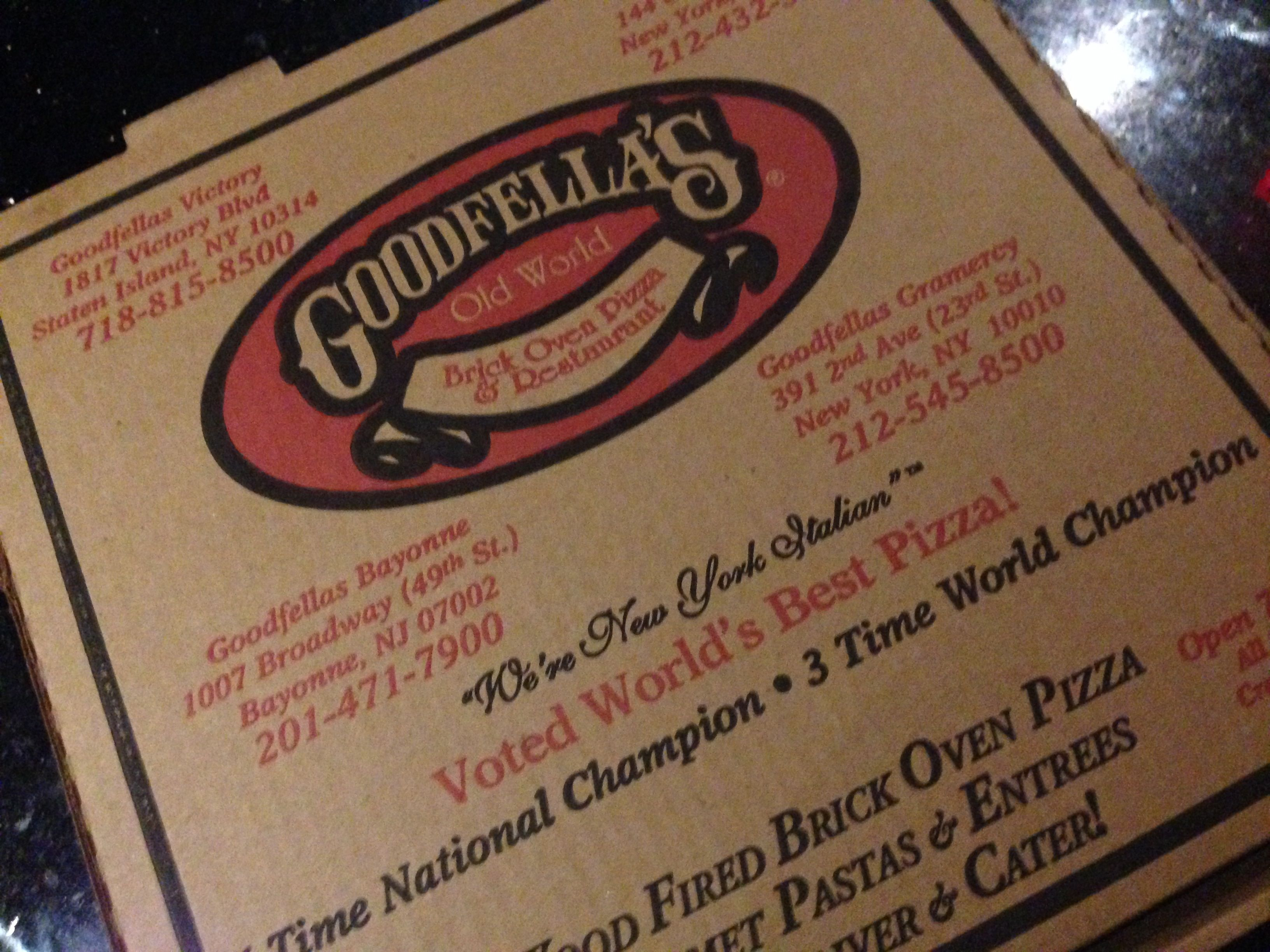 goodfellas-pizza-restaurant-delivery